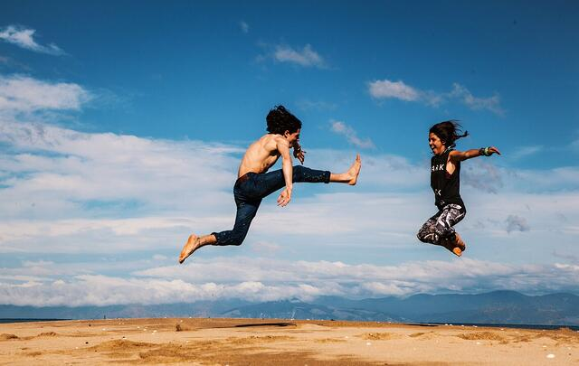 girl-and-guy-jumping.jpg