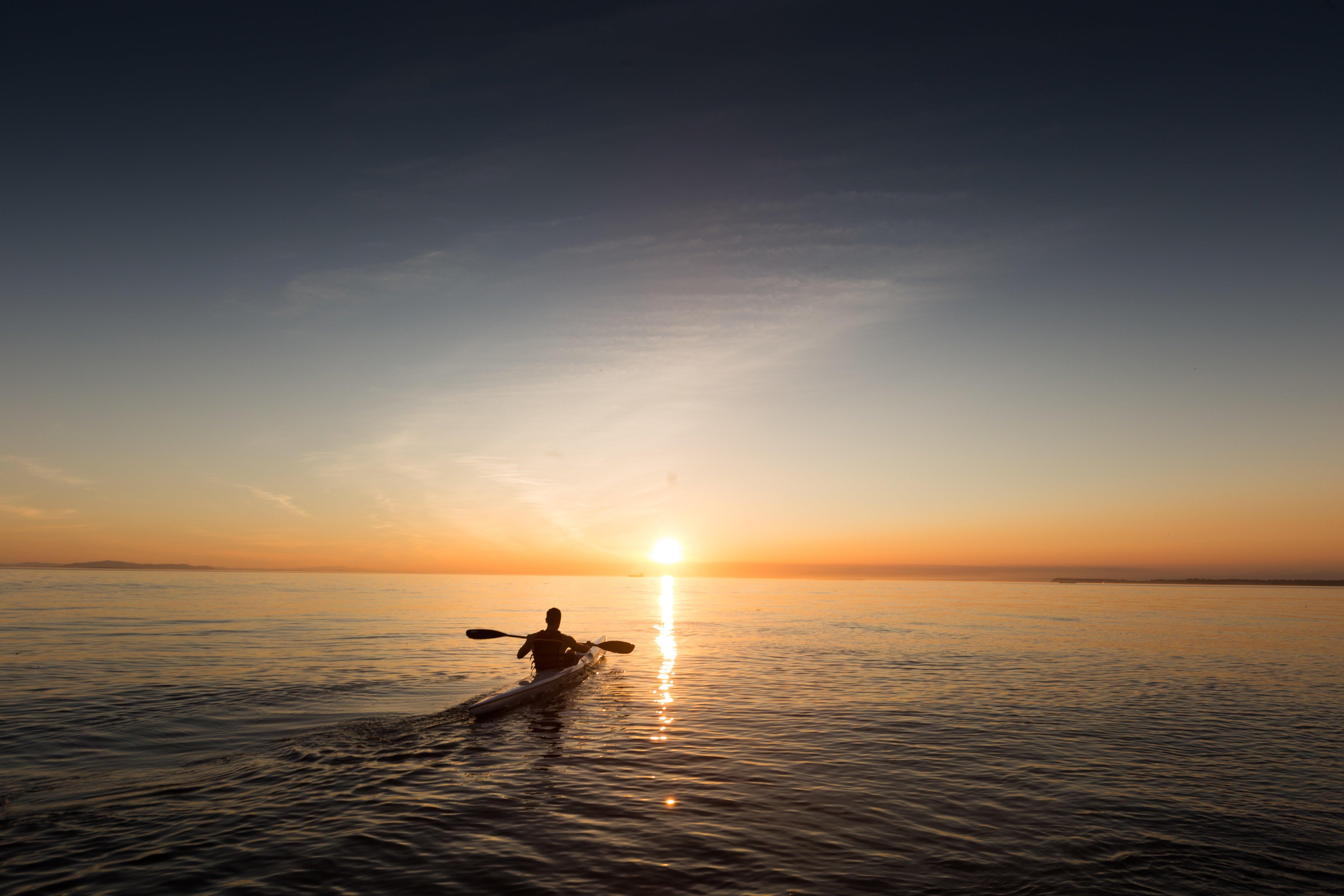 guy-paddle-boarding.jpg